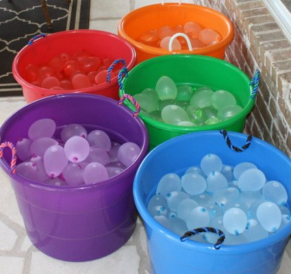 Water Wars Water Ballons Buckets